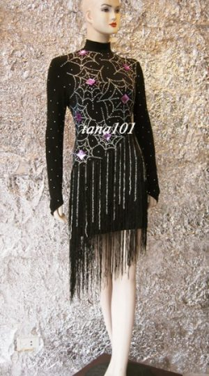 Váy khiêu vũ latin đen tua