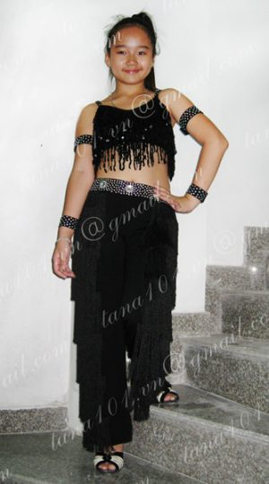 bộ quần áo khiêu vũ đen
