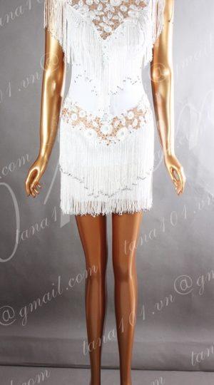 váy khiêu vũ trắng