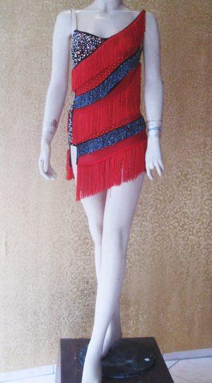 váy khiêu vũ đen đỏ tua